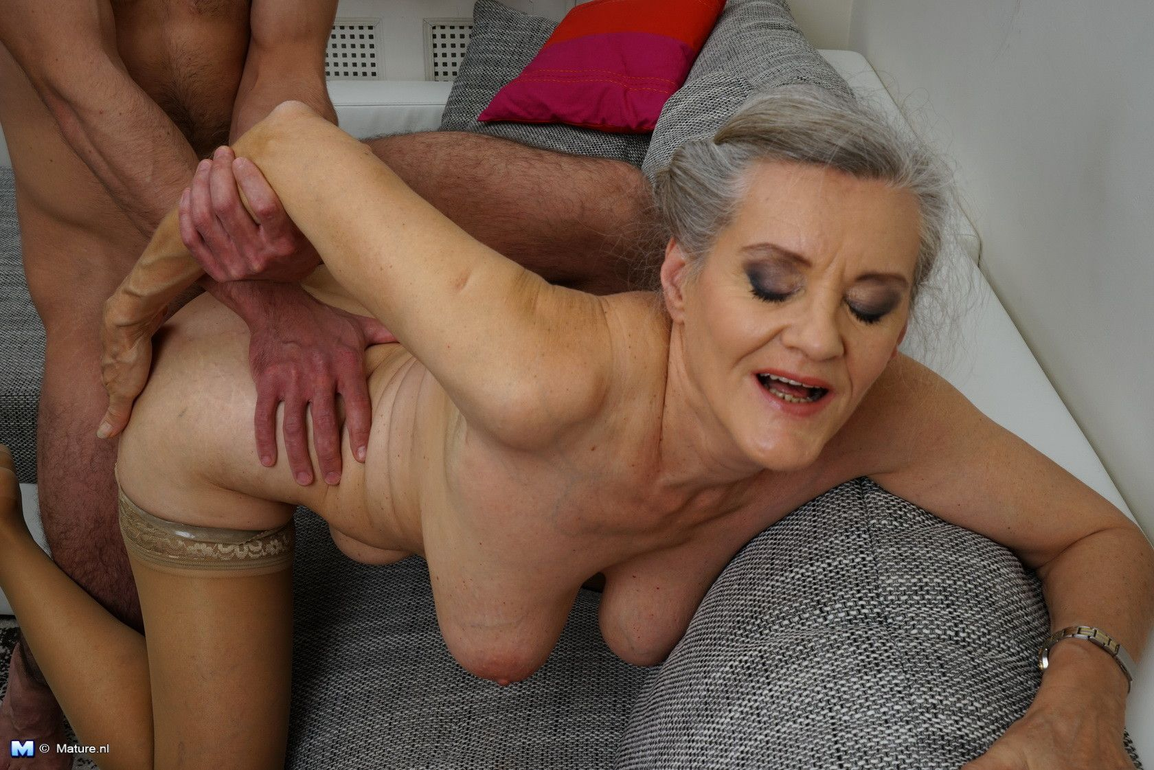 Free mature and boy fuck videos