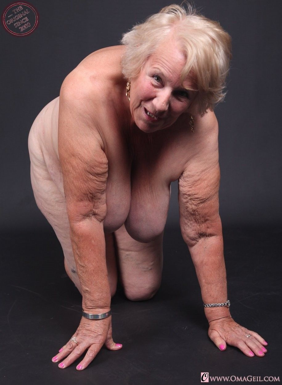 girl lnicky manaj pics nude