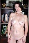 Grandma leeann shows her old pussy