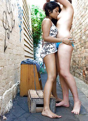 Indian lesbian Kiki tongue kissing sickly fixture Lou-Ellyn out like a light