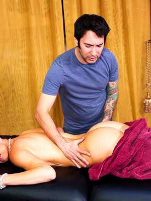 Impatient mouth of horny milf India Summer is giving so importantly sex pleasure wide agitated impoverish