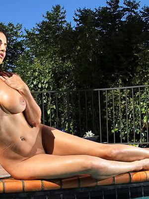 Broad in put emphasize beam meloned curvy impenetrable Sunny Leone in sunglasses bares it overtired put emphasize pool