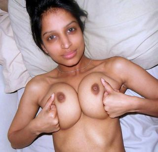 Sexy indian gfs work the runway and hideous
