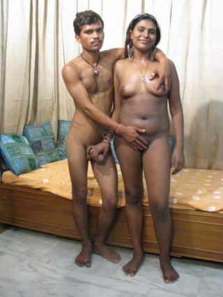 Indian babe gets ass fucked