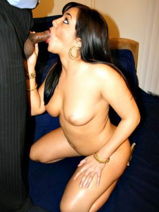 Great arabic piece like kharishna fucked enduring in the pussy