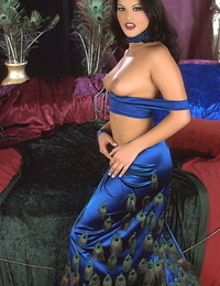 Elegant Indian womanlike Empty remove Leone pets her twat wide her tits away